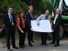 Am 20. Mai 2009 erfolgte der Spatenstich zur neuen Straße, vorgenommen durch Vertreter der Hoppmann Stiftung, der Stadt Siegen und der Sparkasse Siegen.