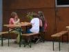 Die Kinder werden täglich mit einer warmen Mahlzeit versorgt.